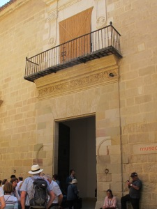 Malaga, entrance to Museo Picasso - photo @SandraDanby