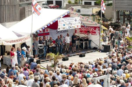 Fishermens-Friends-at-Falmouth-Sea-Shanty-Festival